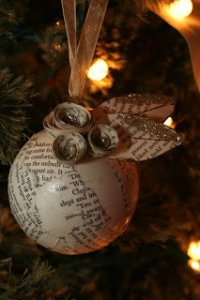 Christmas, Christmas ornaments, books, book ornaments